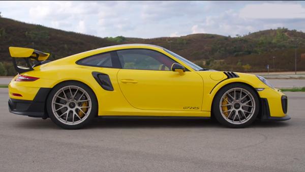 保时捷911 GT2 RS