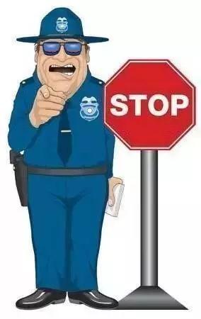 境外自驾游违章不及时处理,当心下回被拉进黑名单!